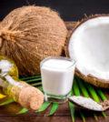 Uleiul de nuca de cocos si apa - esentiale pentru hidratare